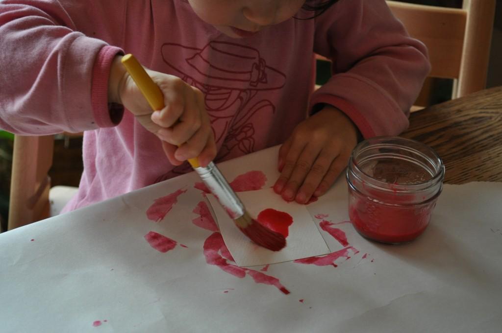 Lili paints
