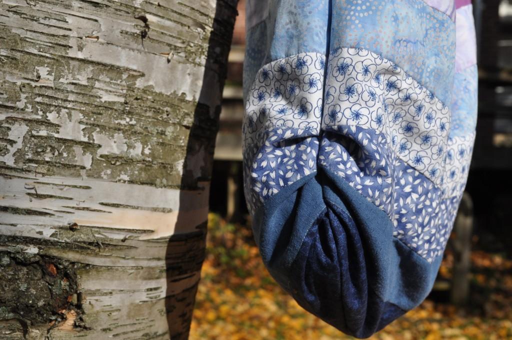 bag - botton detail